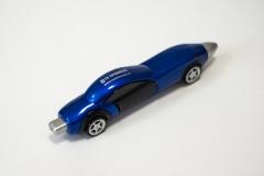 Ручка-инерционный автомобиль.